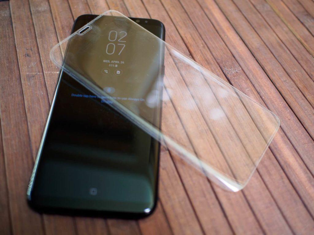 Защитные стекла для Samsung Galaxy S8 - Обзор ТОП 5