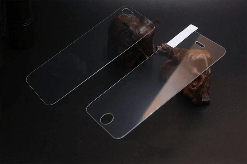 Защитное стекло для iPhone 5 на переднюю и заднюю панель